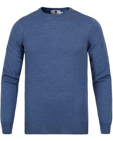 NN07 Charles Merino Wool Mid Blue Melange i gruppen Tröjor / Pullovers / Rundhalsade pullovers hos Care of Carl (12404611r)