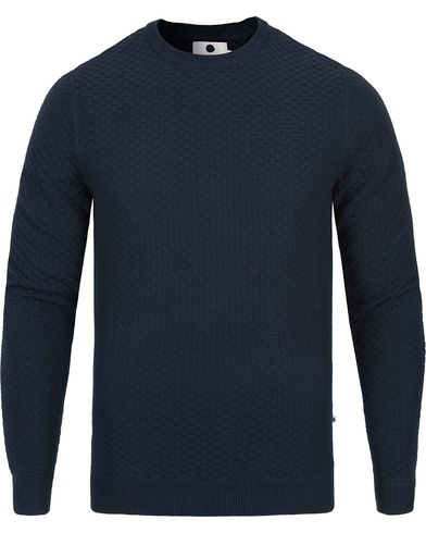 NN07 Albert Cotton Sweater Navy i gruppen Tröjor / Stickade tröjor hos Care of Carl (12404911r)