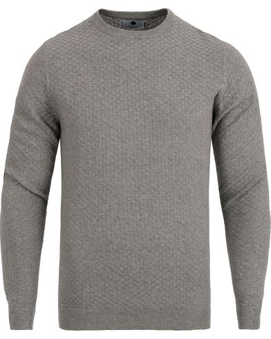 NN07 Albert Cotton Sweater Light Grey Melange i gruppen Tröjor / Stickade tröjor hos Care of Carl (12405011r)
