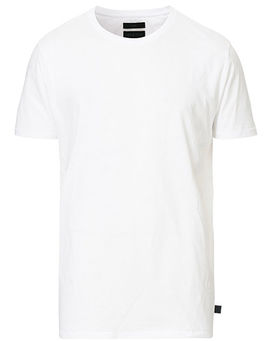 Tiger of Sweden Jeans Corey Solid Tee White i gruppen T-Shirts / Kortärmade t-shirts hos Care of Carl (12430011r)