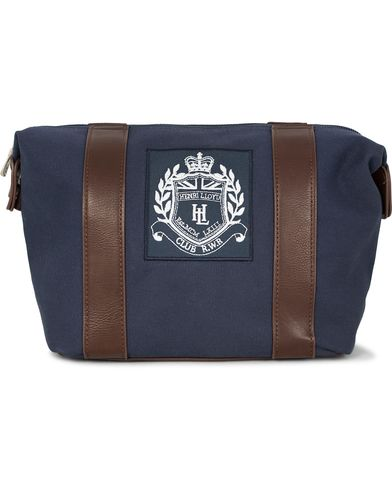 Henri Lloyd Hayton Washbag Navy  i gruppen V�skor / Necess�rer hos Care of Carl (12457910)