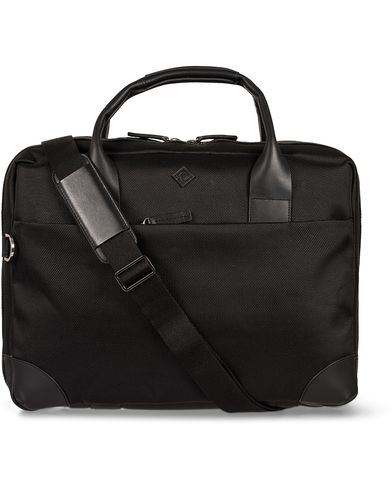 Gant Diamond G Nylon Leather Laptop Bag Black  i gruppen Vesker / Skuldervesker hos Care of Carl (12500210)