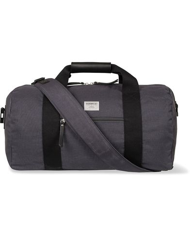 Sandqvist Floyd Sportbag Dark Grey  i gruppen Accessoarer / Väskor / Weekendbags hos Care of Carl (12585710)