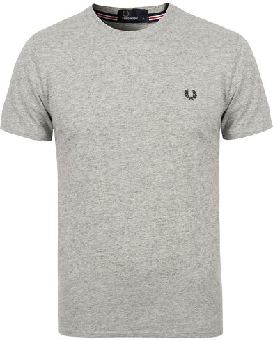 Fred Perry Crew Neck Tee Vintage Steel i gruppen Klær / T-Shirts hos Care of Carl (12626211r)