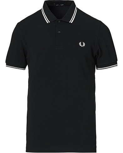 Fred Perry Slim Fit Polo Twin Tip Black i gruppen Kläder / Pikéer / Kortärmade pikéer hos Care of Carl (12626511r)