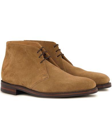 Loake 1880 Pimlico Chukka Boot Maraca Suede i gruppen Sko / Støvler / Chukka boots hos Care of Carl (12653511r)