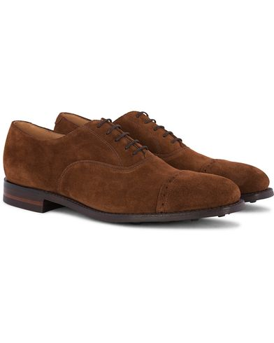 Loake 1880 Cadogan Oxford Single Dainite Polo Suede i gruppen Sko / Oxfords hos Care of Carl (12653911r)