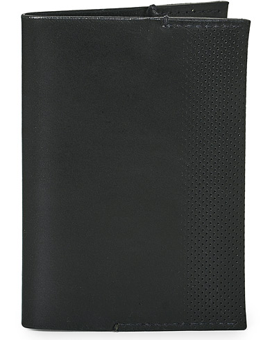 T�rnsj� Garveri Icon Passport Cover Black  i gruppen Assesoarer / Lommeb�ker hos Care of Carl (12666310)