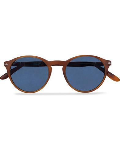 Persol 0PO3092SM Round Sunglasses Terra Di Siena/Blue Mirror  i gruppen Solglasögon / Runda solglasögon hos Care of Carl (12671110)