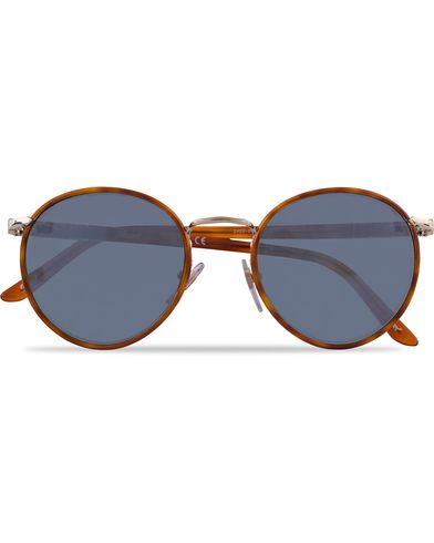 Persol 0PO2422SJ Round Sunglasses Light Gold/Light Blue  i gruppen Accessoarer / Solglasögon / Runda solglasögon hos Care of Carl (12671210)