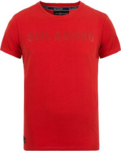 Sail Racing Liquid Tee Storm Red i gruppen T-Shirts / Kortermede t-shirts hos Care of Carl (12673311r)