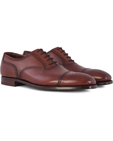 Crockett & Jones Handgrade Selborne Oxford Brogue Chestnut Calf i gruppen Skor / Brogues hos Care of Carl (12680711r)