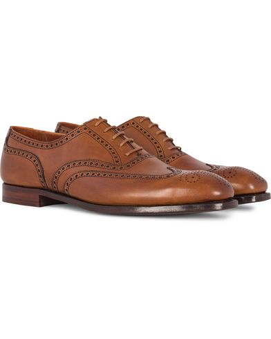 Crockett & Jones Handgrade Clifford Oxford Brogue Tan Calf i gruppen Skor / Brogues hos Care of Carl (12680811r)