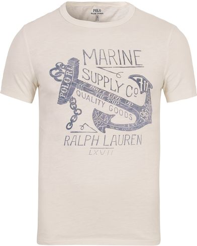 Polo Ralph Lauren Printed Tee Nevis White i gruppen T-Shirts / Kortärmade t-shirts hos Care of Carl (12691711r)