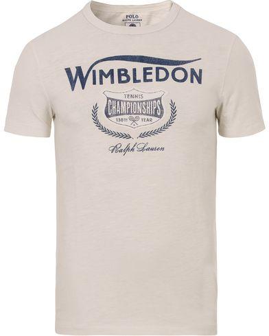 Polo Ralph Lauren Wimbledon Tee Deckwash White i gruppen T-Shirts / Kortärmade t-shirts hos Care of Carl (12693611r)