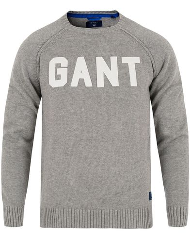 Gant Knitted Logo Crew Neck Grey Melange i gruppen Tröjor / Stickade tröjor hos Care of Carl (12705211r)