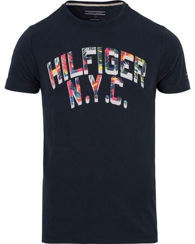Tommy Hilfiger Felix Tee Navy Blazer i gruppen Kläder / T-Shirts / Kortärmade t-shirts hos Care of Carl (12712011r)