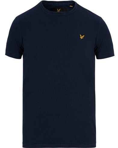 Lyle & Scott Plain Crew Neck Tee Dark Indigo i gruppen Kläder / T-Shirts / Kortärmade t-shirts hos Care of Carl (12712911r)