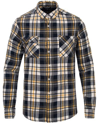 Barbour International Harrison Check Pocket Shirt Yellow i gruppen Skjortor / Casual Skjortor hos Care of Carl (12725011r)