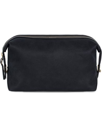 Paul Smith Washbag Blackish Navy  i gruppen Accessoarer / Väskor / Necessärer hos Care of Carl (12730010)