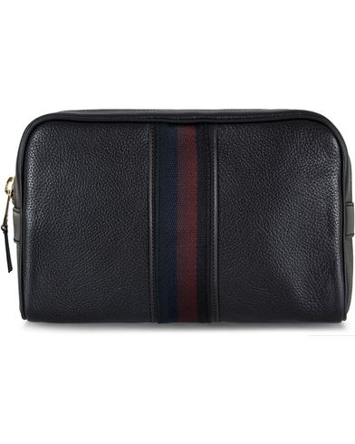 Paul Smith Leather Washbag Black  i gruppen Assesoarer / Vesker / Toalettmapper hos Care of Carl (12730310)