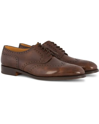 John Lobb Hayle Brogue Derby Parisian Brown Museum Calf i gruppen Design A / Sko / Brogues hos Care of Carl (12735911r)