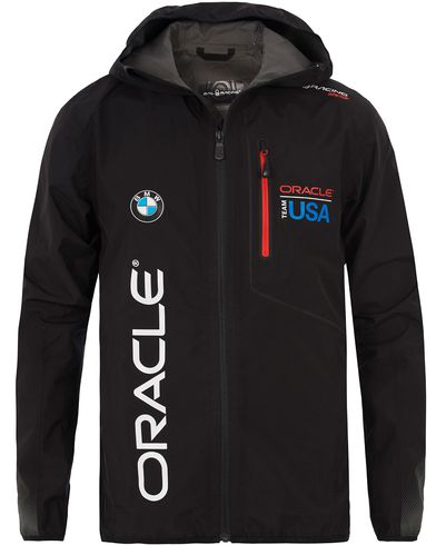 Sail Racing Oracle Gore Tex Team Jacket Carbon Black i gruppen Jackor / Tunna jackor hos Care of Carl (12755411r)