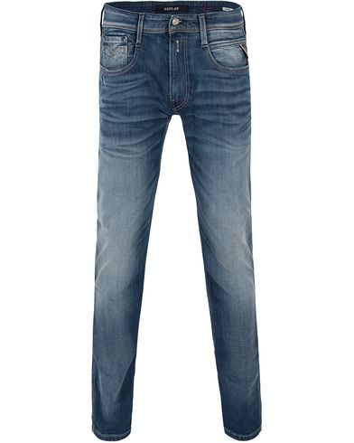 Replay M914 Anbass Jeans Light Blue i gruppen Jeans / Avsmalnende jeans hos Care of Carl (13000011r)