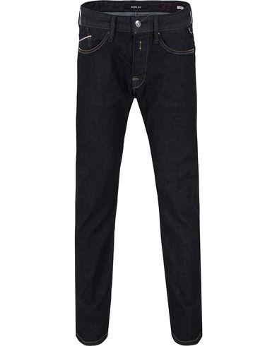 Replay M983 Waitom Jeans Dark Blue i gruppen Kläder / Jeans / Raka jeans hos Care of Carl (13001411r)