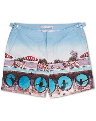 Orlebar Brown Bulldog Hulton Getty Swimming Around i gruppen Design A / Badeshorts hos Care of Carl (13005211r)