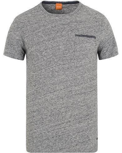 Boss Orange Tabary Pocket Tee Grey Melange i gruppen T-Shirts / Kortärmade t-shirts hos Care of Carl (13015711r)