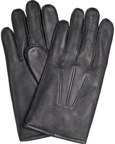 BOSS Haindt 2 Leather Gloves Black i gruppen Sesongens nøkkelplagg / Hanskene til spaserturen hos Care of Carl (13018611r)