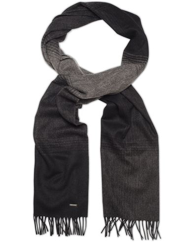 BOSS Heroso Tone in Tone Scarf Black  i gruppen Accessoarer / Halsdukar hos Care of Carl (13019210)