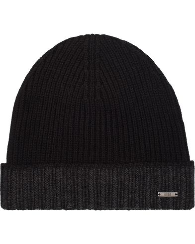 BOSS Fati Wool Beanie Black  i gruppen Design A / Accessoarer / Mössor hos Care of Carl (13019610)