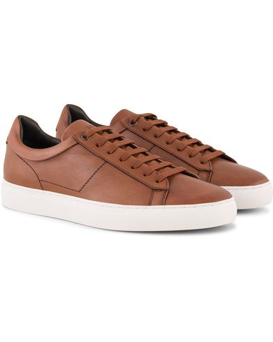 BOSS Timaker Leather Sneaker Cognac i gruppen Skor / Sneakers / Låga sneakers hos Care of Carl (13019911r)