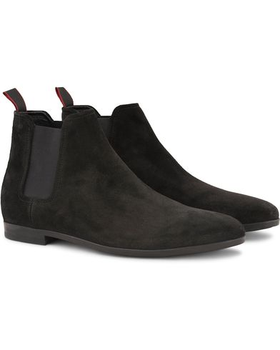 Hugo Pariss Suede Chelseaboot Black i gruppen Sko / Støvler / Chelsea boots hos Care of Carl (13020311r)