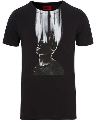Hugo Dwist Tee Black i gruppen T-Shirts / Kortermede t-shirts hos Care of Carl (13026711r)