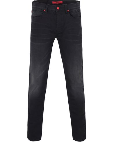 Hugo 734 Slim Jeans Washed Black i gruppen Jeans / Smala jeans hos Care of Carl (13027411r)