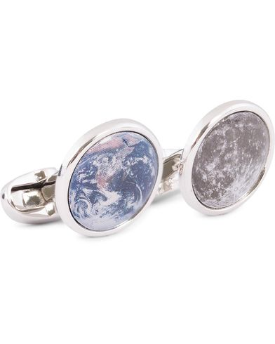 Paul Smith Earth & Moon Cufflinks Silver  i gruppen Assesoarer / Mansjettknapper hos Care of Carl (13031610)