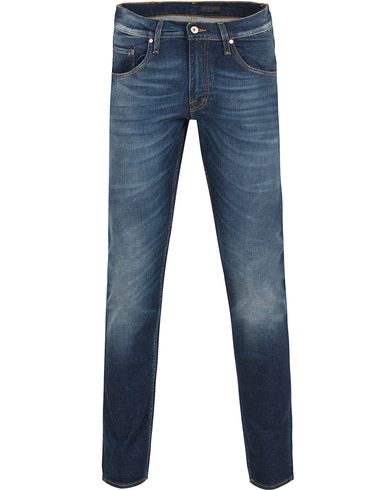 Tiger of Sweden Jeans Iggy Raised Medium Blue i gruppen Jeans / Smale jeans hos Care of Carl (13040111r)