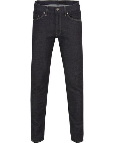 Tiger of Sweden Jeans Straw Stay Severe Dark Blue i gruppen Klær / Jeans / Smale jeans hos Care of Carl (13041311r)