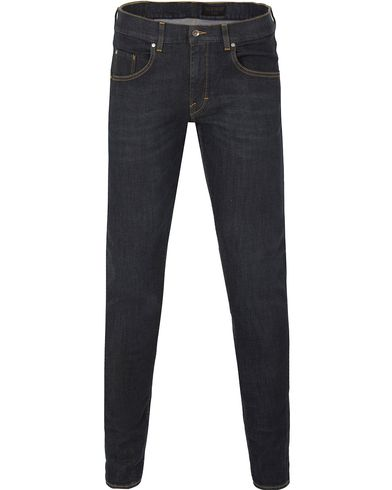 Tiger of Sweden Jeans Slim Stench Dark Blue i gruppen Jeans / Avsmalnande jeans hos Care of Carl (13041611r)