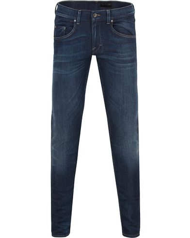 Tiger of Sweden Jeans Slim Base Dark Blue Washed i gruppen Jeans / Avsmalnande jeans hos Care of Carl (13041811r)