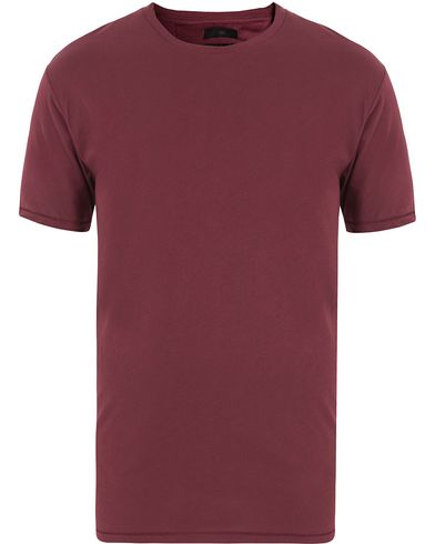 Tiger of Sweden Jeans Corey Solid Tee Burgundy i gruppen T-Shirts / Kortärmade t-shirts hos Care of Carl (13042611r)