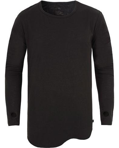 Tiger of Sweden Jeans Roy Long Sleeve Tee Black i gruppen T-Shirts / Långärmade t-shirts hos Care of Carl (13042811r)