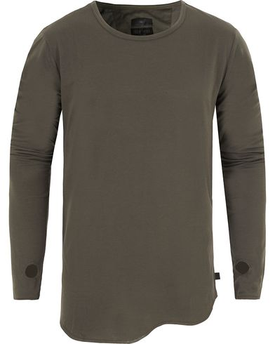 Tiger of Sweden Jeans Roy Long Sleeve Tee Black Olive i gruppen T-Shirts / L�ng�rmad T-shirt hos Care of Carl (13043011r)