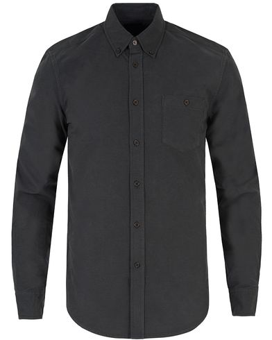 Tiger of Sweden Jeans Rise Button Down Oxford Shirt Black i gruppen Skjorter / Casual Skjorter hos Care of Carl (13043811r)