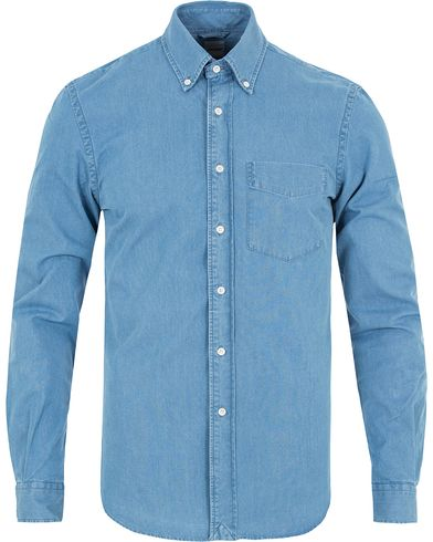 Aspesi Button Down Pocket Shirt Light Denim i gruppen Kläder / Skjortor / Casual skjortor hos Care of Carl (13048211r)
