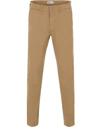 NN07 Marco 1200 Stretch Chinos Dark Khaki i gruppen Bukser / Chinos hos Care of Carl (13049811r)
