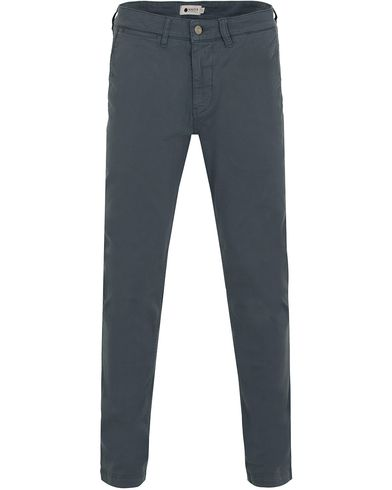 NN07 Marco 1200 Stretch Chinos Ice Blue i gruppen Byxor / Chinos hos Care of Carl (13050311r)
